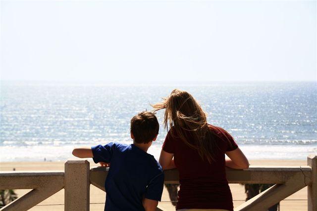 Hannah and Hunter at Santa Monica promenade