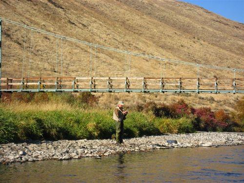 Steve tying one on below Umtanum bridge